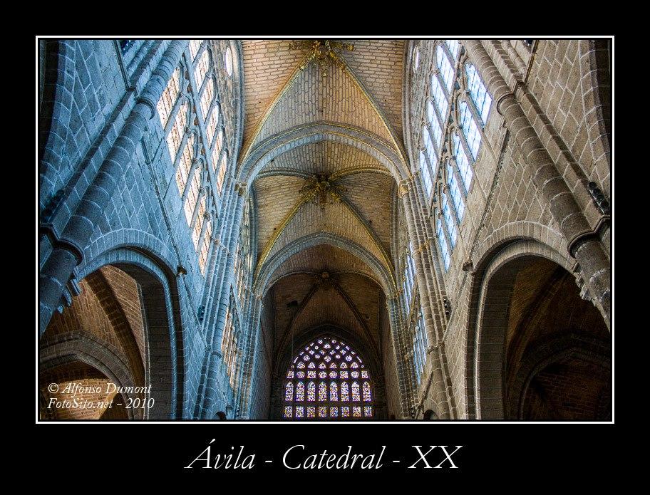 Avila – Catedral – XX