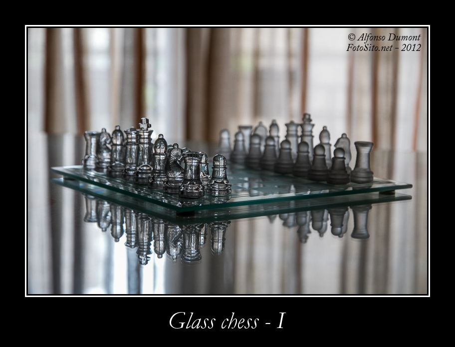 glass chess i