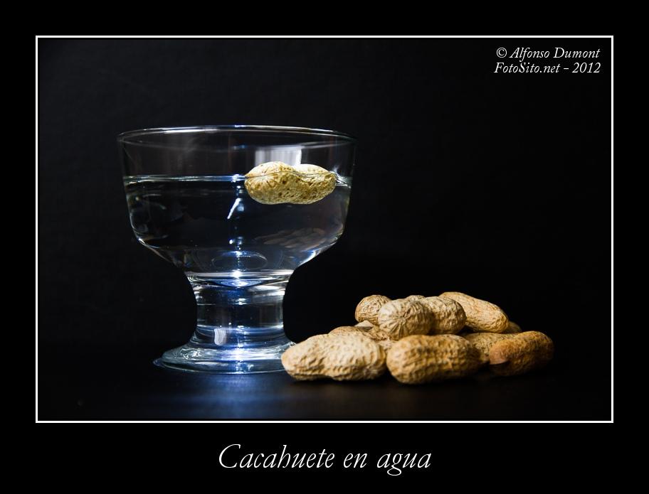 Cacahuete en agua