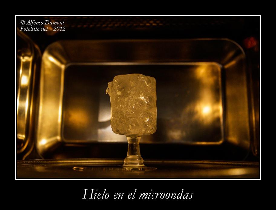 Hielo en el microondas