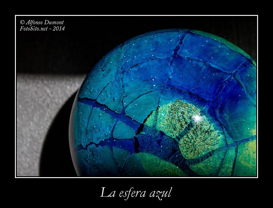 La esfera azul